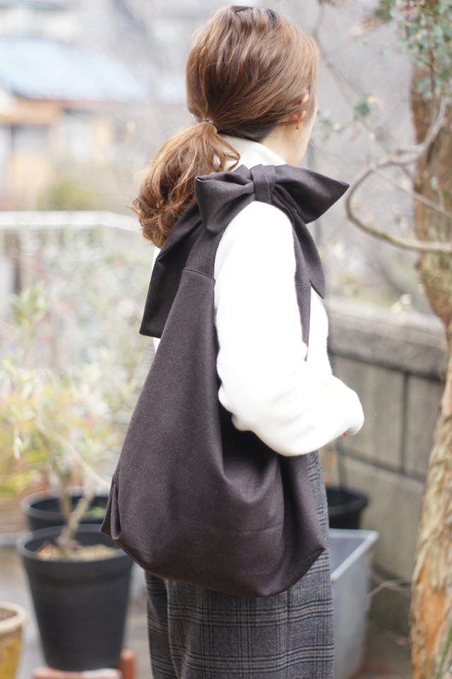 woolのリボンのバッグ(ダークブラウン)