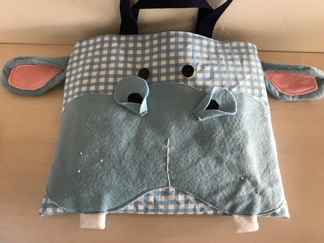 カバさんの絵本バッグ
