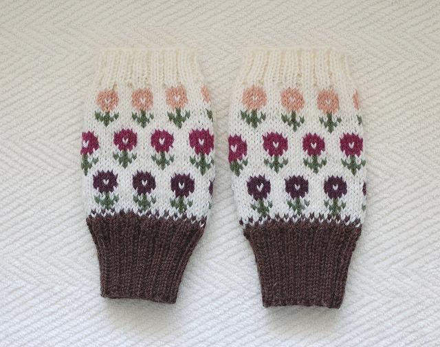 手編みの指なしミトン 【カラフルフラワーガーデン】