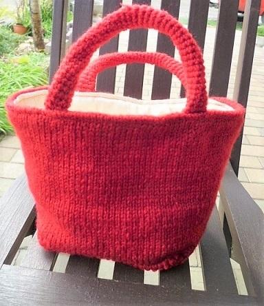 真っ赤なミニトートバッグ
