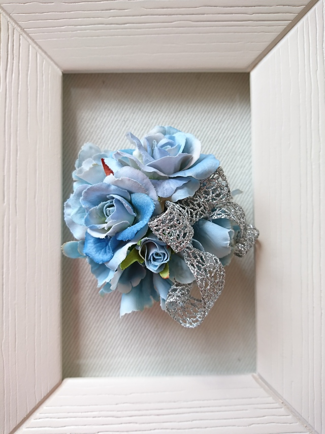rose corsage (ミズイロ)