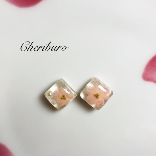 ガラスタイルピアス?ピンク桜