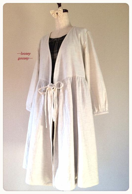 リボン結びの羽織りワンピース:ナチュラルホワイト