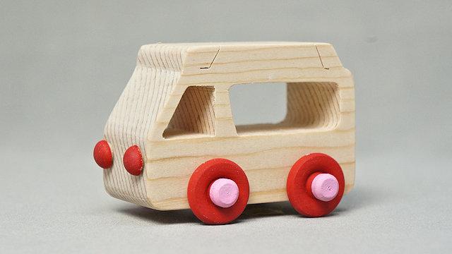 木の車(救急車)手作りキット