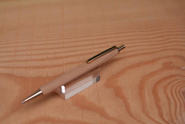 レバノン杉 世界遺産 旧約聖書に出ている木 ヨーロピアンスリム ストレートモデル ノック式シャープペン 0・5ミリ