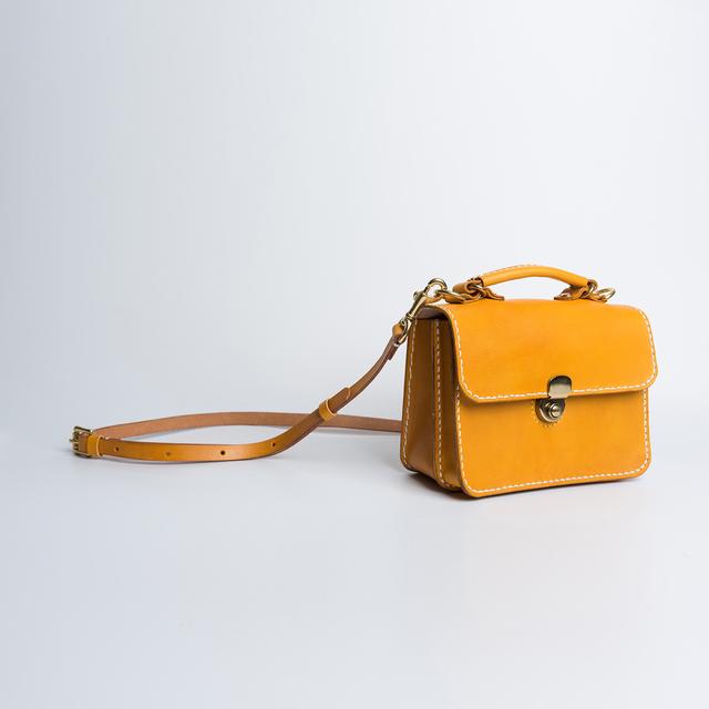 20875f43182b6d 【切線派】ダレスタイプ 本革バッグ手作りのレザーショルダーバッグレディース レザールバッグ 手染め / 総手縫い 手持ち 肩掛け