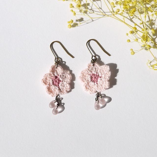 レース編みの桜 * ピアス
