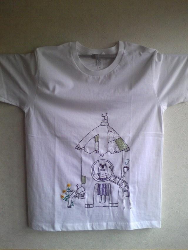 刺繍TシャツMサイズ