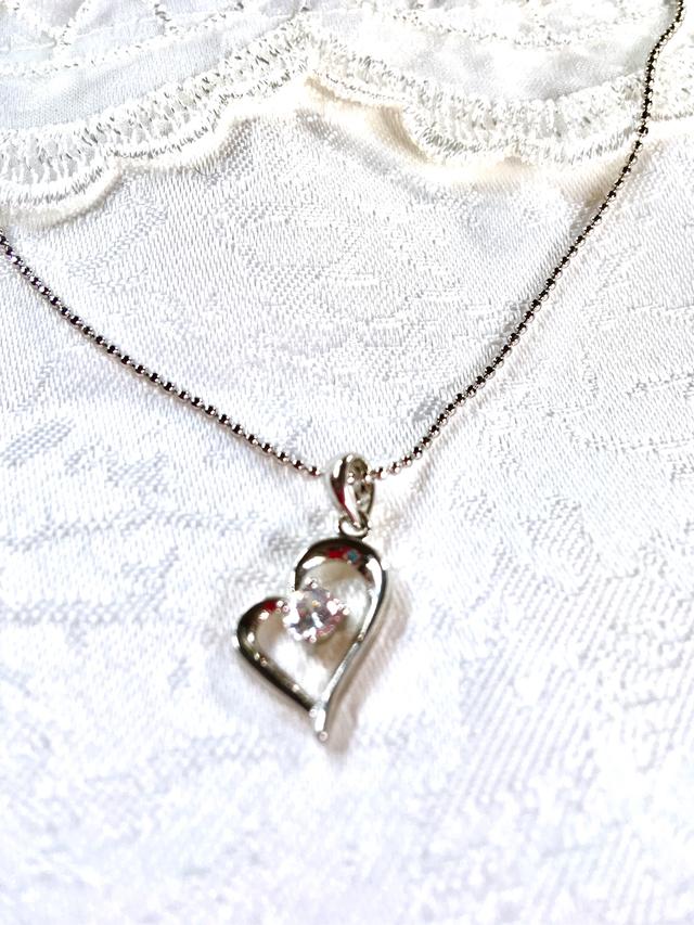 finest selection dbc92 7feb8 【記念価格】1粒ダイヤモンドCZ オープンハートネックレス