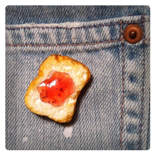 Brooch of jam toast