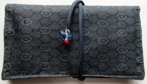 送料無料 藍大島紬で作った和風財布・...
