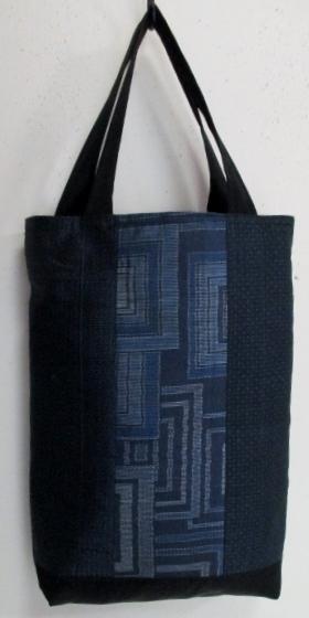 送料無料 藍大島紬の着物で作った手提...