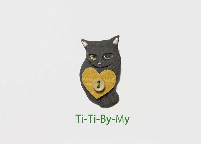 ★送料無料★ 猫ブローチ