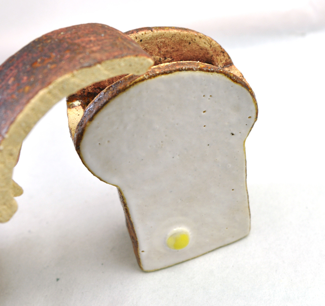 厚切り食パンの蓋付小物