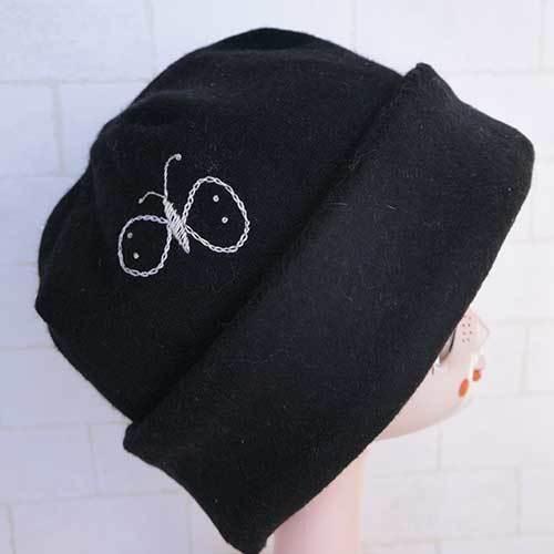 刺繍入りウールアンゴラニット帽