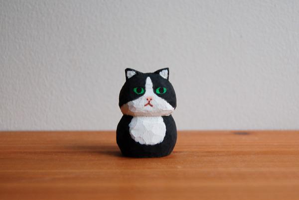 木彫り人形 ネコ 白×黒  [MWF-016]