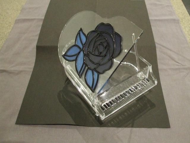 青い薔薇★ピアノのアクセサリーケース★グラスアート