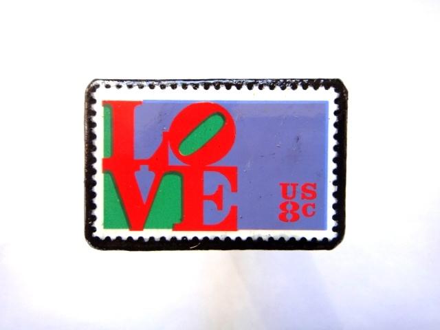 アメリカ 「LOVE切手ブローチ」743