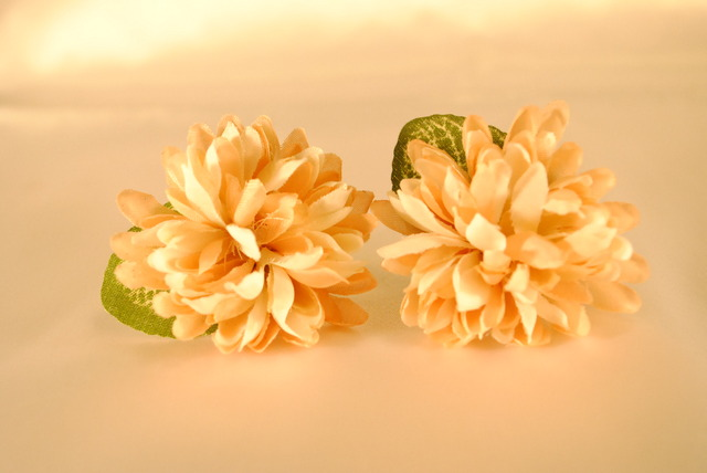 咲いたお花イヤリング