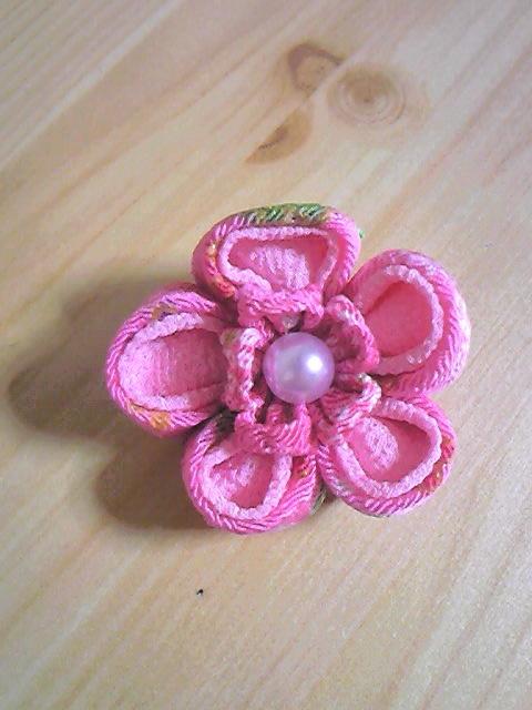 お花のブローチ(ピンク系)