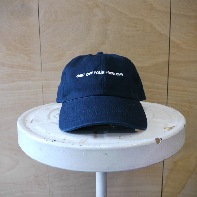 seesaw cap/navy with white embroidery