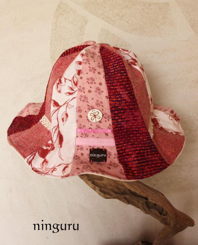 pink づくしのストライプチューリップハット