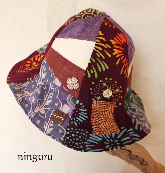 紫×茶の 花火模様のチューリップハット