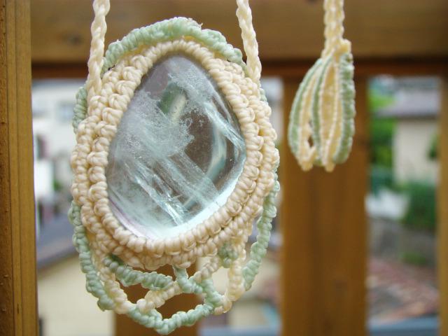 天然石 グリーンフローライトのマクラメ編みネックレス