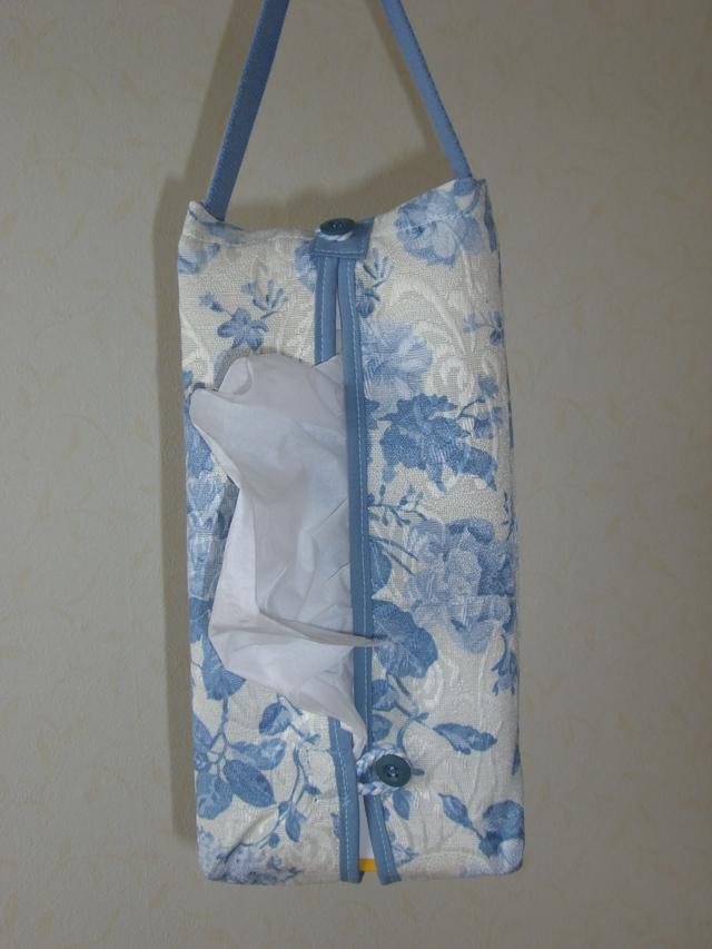 吊り下げ式ボックスティッシュカバー(花柄ブルー)