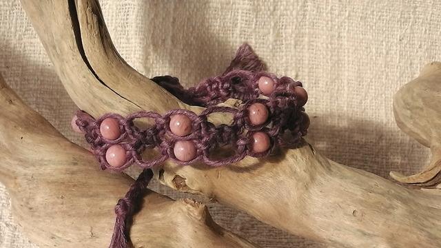 麻の天然石アクセサリー  ピーモンタイト(紫)