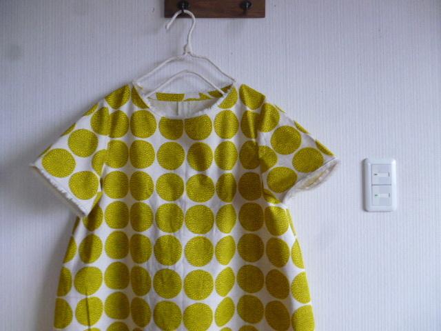 北欧調綿麻のコクーンラインワンピ丸の花黄色