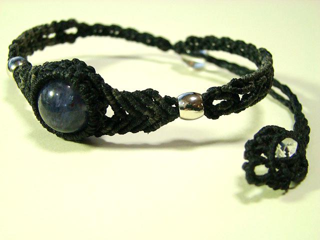 【Mさまオーダー品】アイオライトのマクラメ編み 天然石ブレスレット
