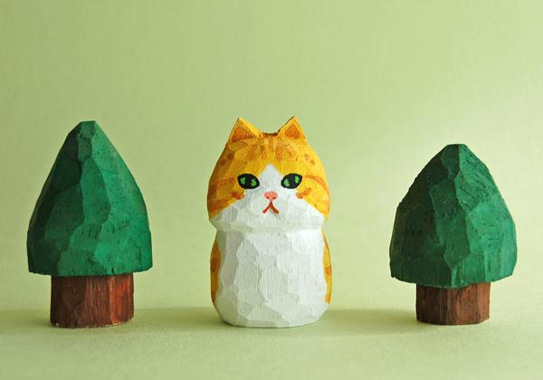 木彫り人形ねこ 茶トラ×白  [MWF-094]