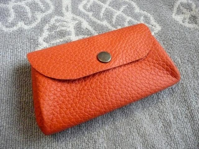 トリヨン・オレンジぷっくりポーチ(ヌメ革ポケット付き)
