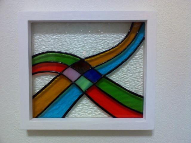 ステンドグラスの壁掛け・クロスウエーブ1