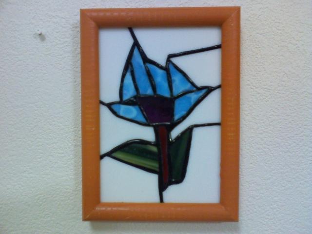 ステンドグラスの壁掛け・hana・ブルー