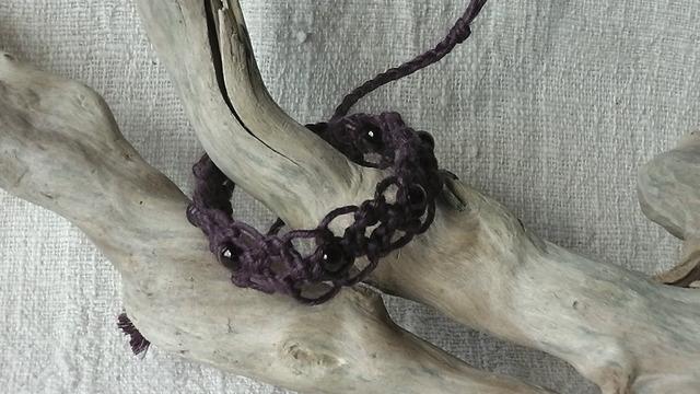 麻の天然石アクセサリー タイガーアイ(紫)