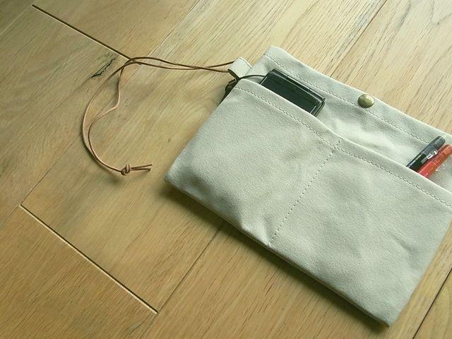 【再販なし】【1点のみ】パラフィン帆布のバッグインバッグ オフベージュ