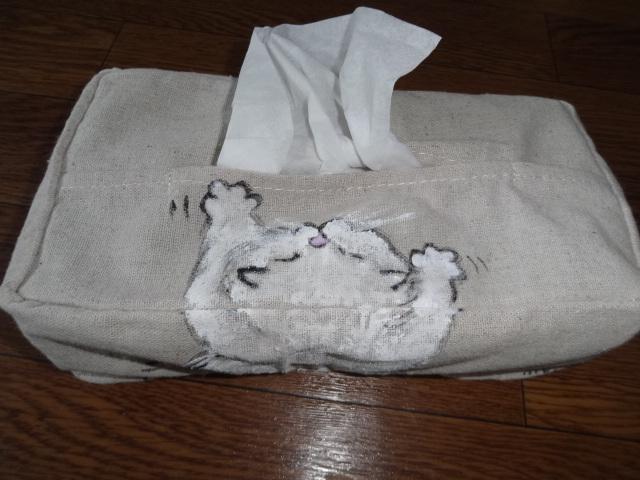 いたずら猫のティッシュカバー(白ペル)