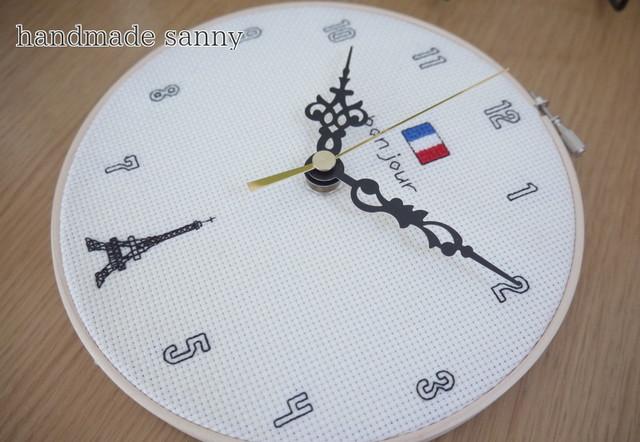 フランス パリ エッフェル塔 刺しゅう 時計