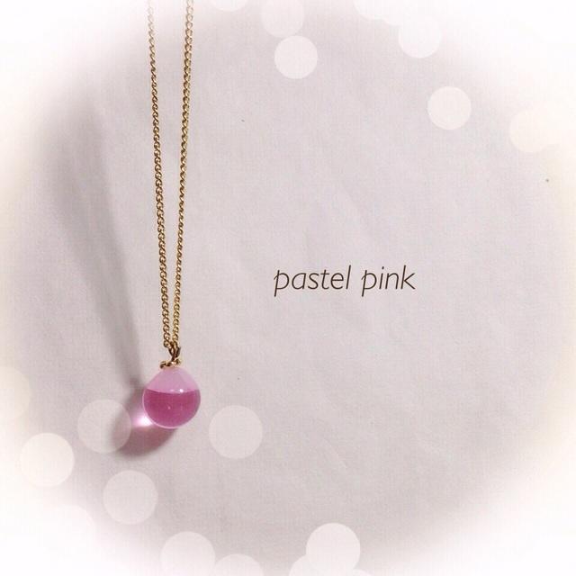 R-101 一粒のしずく☆ガラス玉のネックレス ピンク