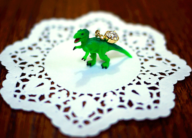 (Sold out)animal片耳ピアス【Dinosaur】