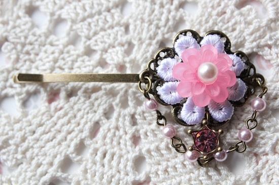 お花とパールのヘアピン「ピンク」送料無料