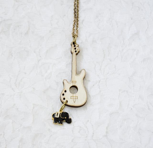 【ウッド ギター チャーム ぞうさん☆ネックレス】