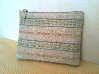 手織りポーチ