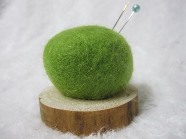 羊毛針刺し MEBUKI