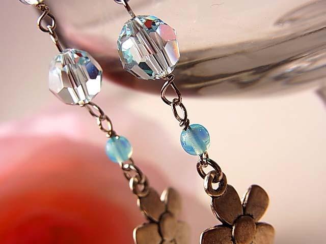 スワロ輝くブルートパース&シーブルーカルセドニーのイヤリング