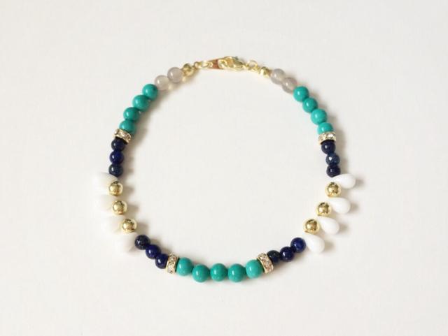tiny drops bracelet