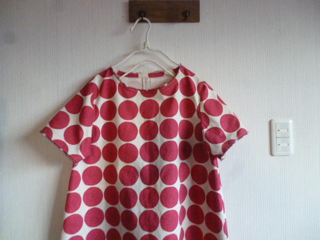 北欧調綿麻のコクーンラインワンピ丸の花ピンク