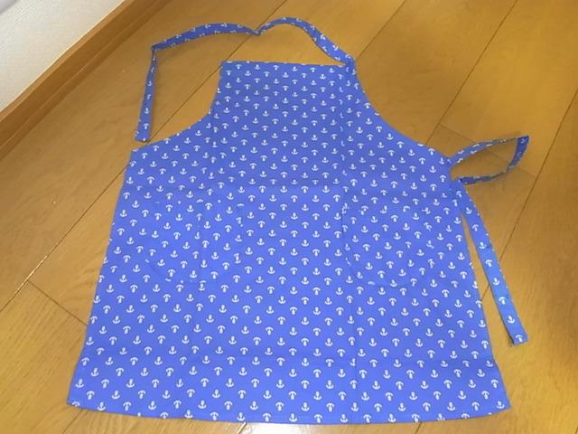 エプロン+三角巾+巾着袋 イカリ柄 青 胸当てから46センチ